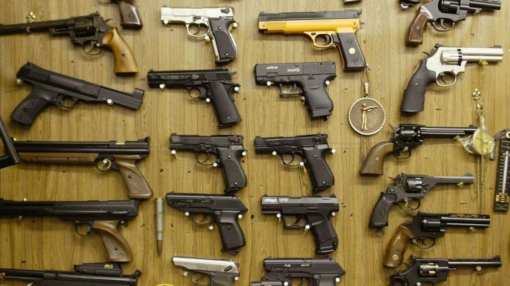 El comercio de armas no se detiene: ¿Feria de armas en Sevilla?