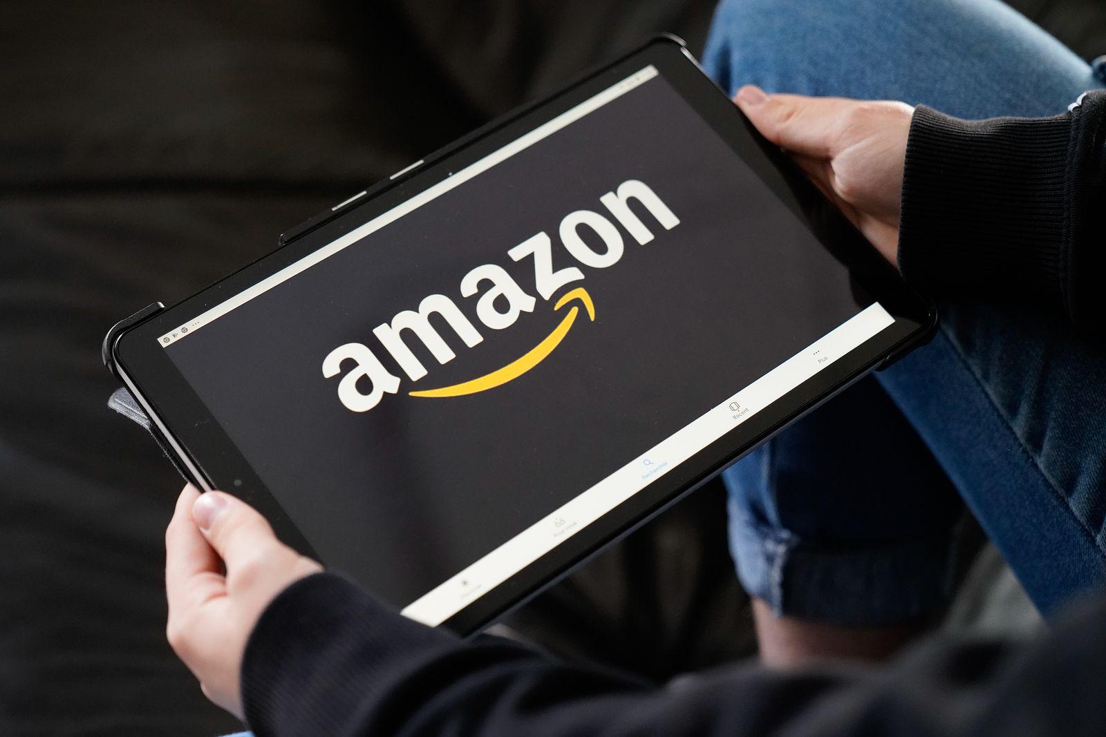 Vídeo | Una investigación sobre Amazon en Canadá revela donde acaban los productos devueltos