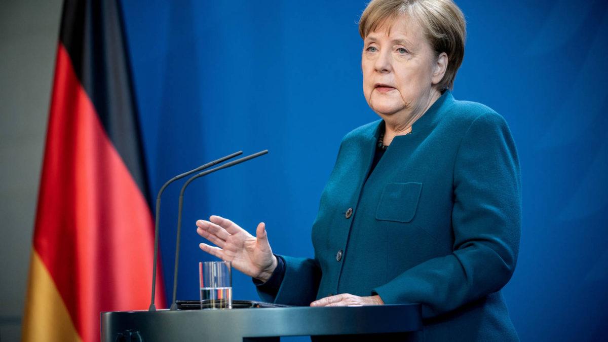 Merkel alcanza acuerdo histórico para asegurar la presencia de mujeres en juntas directivas