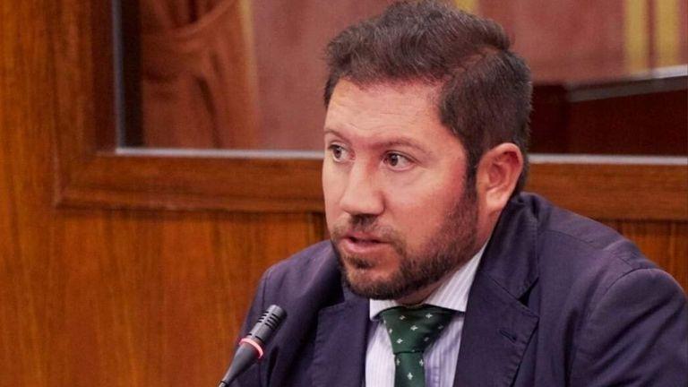 Carlos Hugo Fernández-Roca - Diputado de Vox