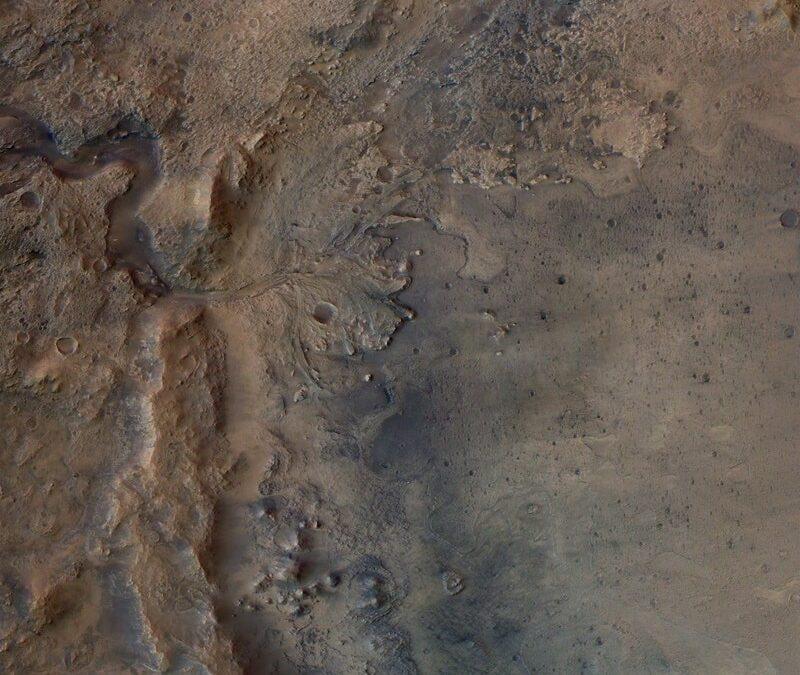 El cráter Jezero, lugar de aterrizaje marciano